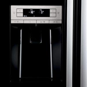Bảng điều khiển của tủ lạnh Bosch Side by Side KAD90VB20