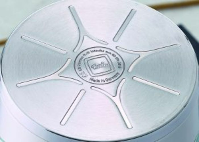 Công nghệ Cookstar độc quyền với đáy nồi 3 lớp chắc chắn