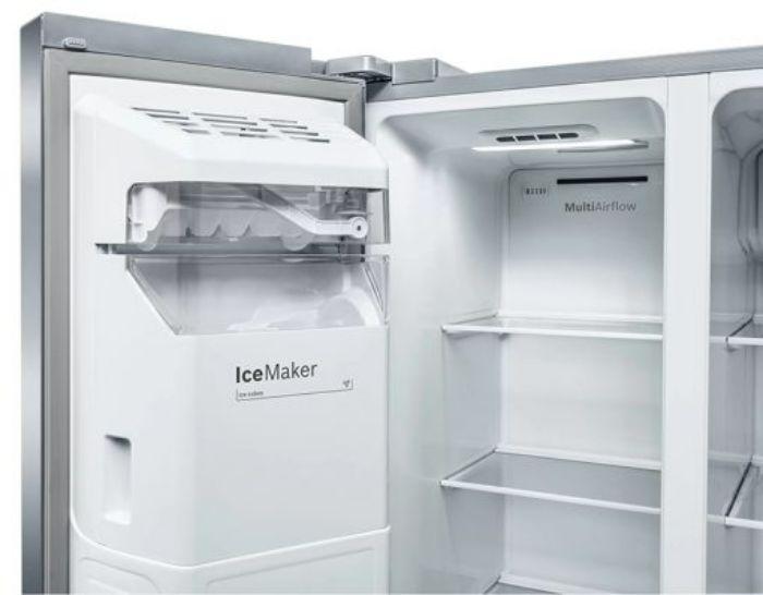 Hệ thống làm đá của tủ lạnh Side By Side Bosch KAG93AIEPG