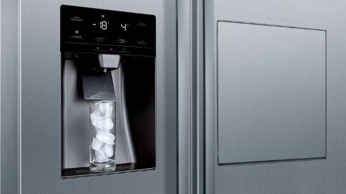 Công nghệ lấy đá ngoài tiện lợi của tủ lạnh Bosch Side by Side KAD90VB20