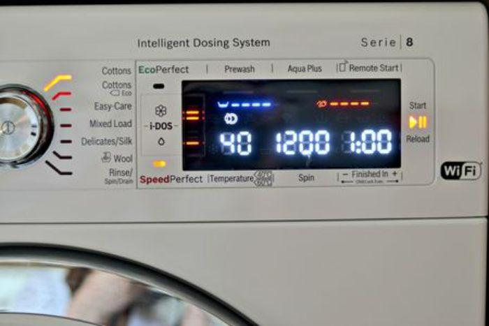 Màn hình hiển thị LED của máy sấy Bosch WTW87561G