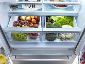 Ngăn đựng rau của tủ lạnh side by side BOSCH KAD92SB30