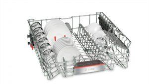 Khay của máy rửa bát Bosch SMS46GW01P bền bỉ với thời gian