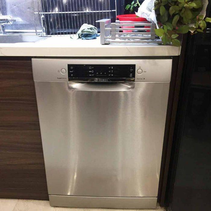 Hình ảnh lắp đặt thực tế của máy rửa bát Bosch SMS46MI05E