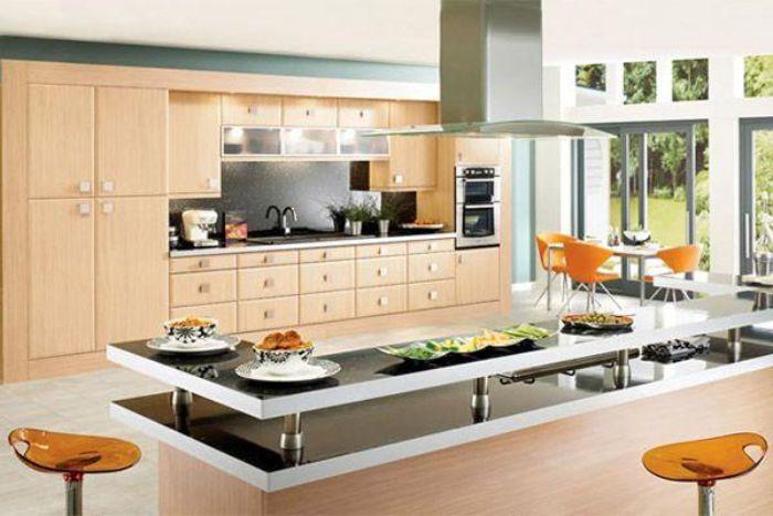 Thiết kế của máy hút mùi Bosch DWB77IM50 gắn tường, tạo nên điểm nhấn cho căn bếp nhà bạn