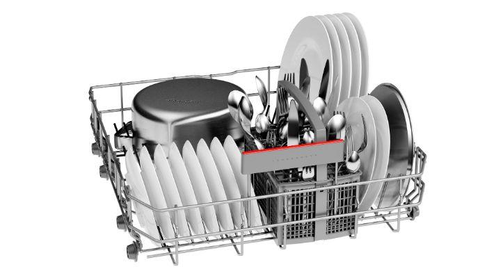Thiết kế kiểu dáng tiện lợi,bắt mắt,sang trọng của máy rửa chén độc lập Bosch SMS46GI01P