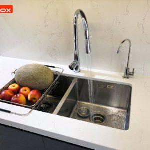 Thiết kế sang trọng, là điểm nhấn cho căn bếp nhà bạn với chậu rửa bát Konox KN7544DUB