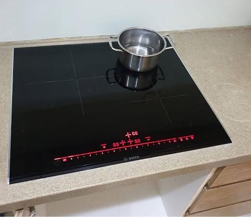 Bếp từ Bosch có tốn điện không?