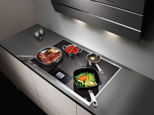 Bếp từ Bosch không nhận nồi do công suất điện của bếp từ