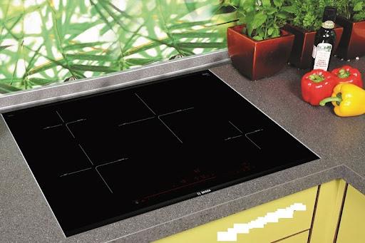 Đánh giá về tính năng bếp từ Bosch PIE875DC1E