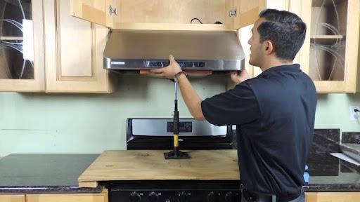 Hướng dẫn cách vệ sinh máy hút mùi Bosch