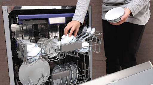 Rửa bát đĩa xong không cất ngay