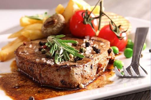 Thịt bò nướng sốt tiêu đen