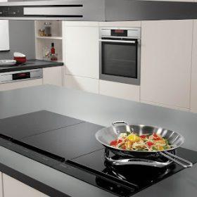 Ý kiến của các chuyên gia về nấu ăn bằng bếp từ có hại không?